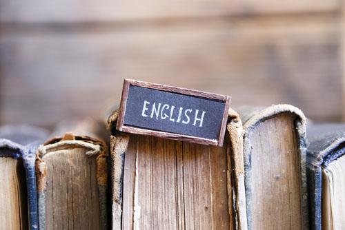 Course Image اللغة الإنجليزية - مبادئ و أساسيات